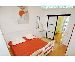 Снять двухкомнатную квартиру в Ялте