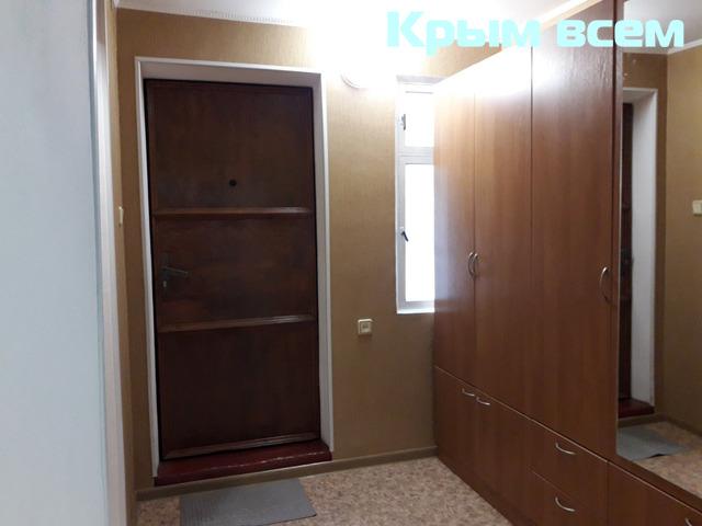 Большая однокомнатнуая квартира с отдельным входом - 3/16