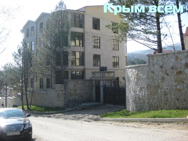 Продается отель 8400 м.кв,Ялта,Крым - 11/18