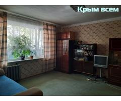 Квартира в Нахимовском районе на первом высоком этаже